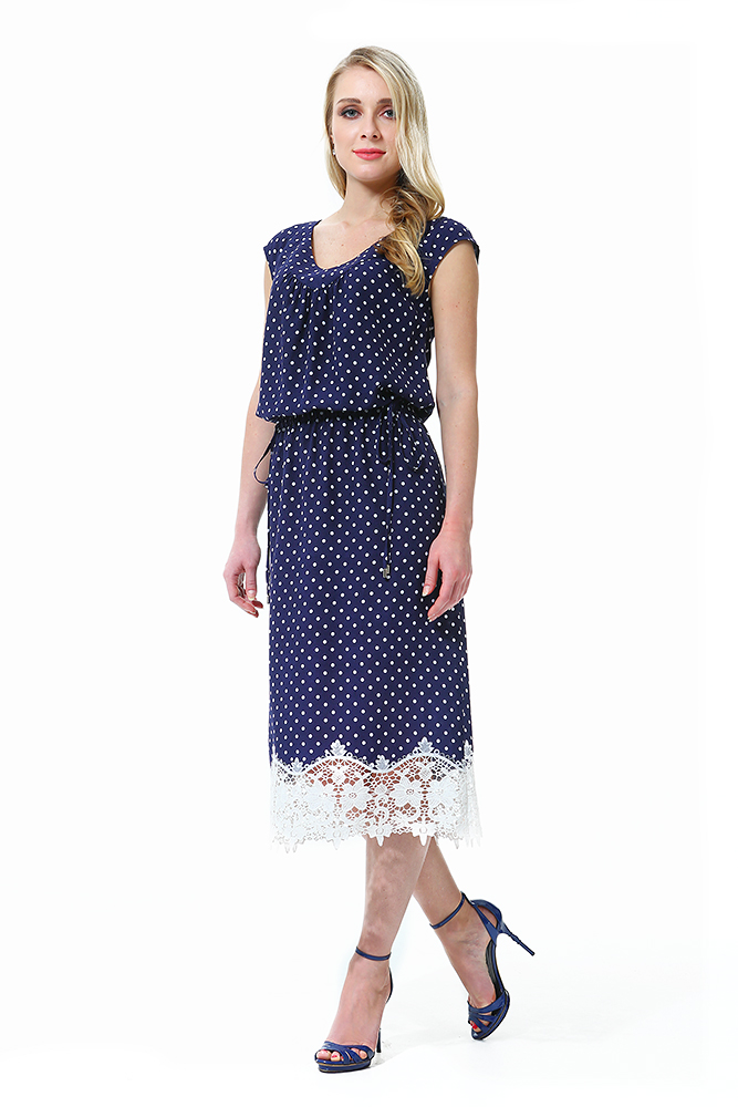 платья в пол с кружевным рукавом фото